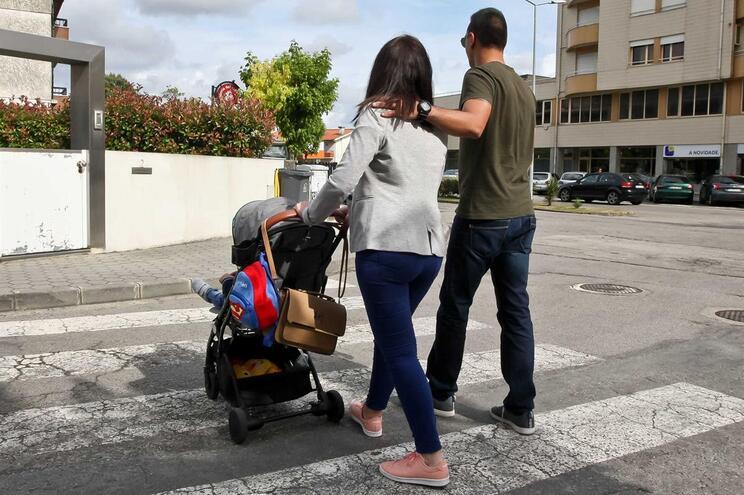 Liliana França com o marido e o filho