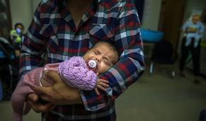 Primeira página em 60 segundos: Pais gozam cada vez mais dias de licença com bebés
