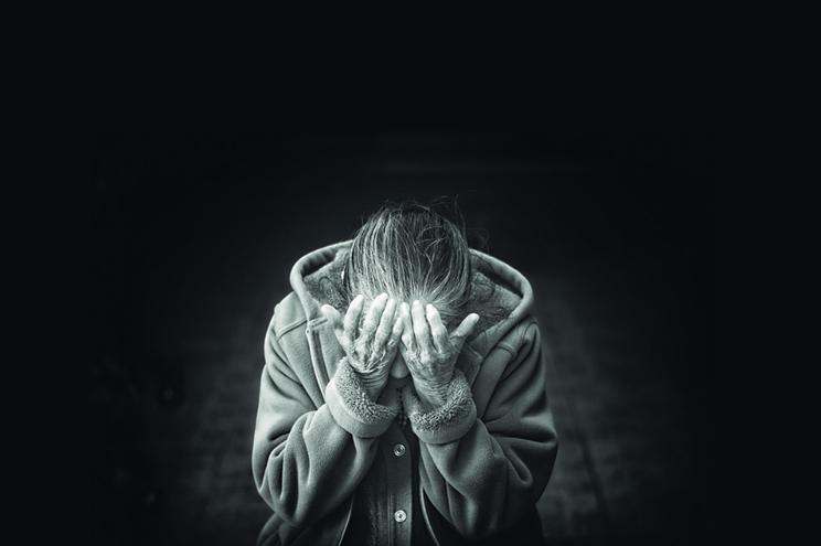 Quase quatro mil idosos agredidos em três meses