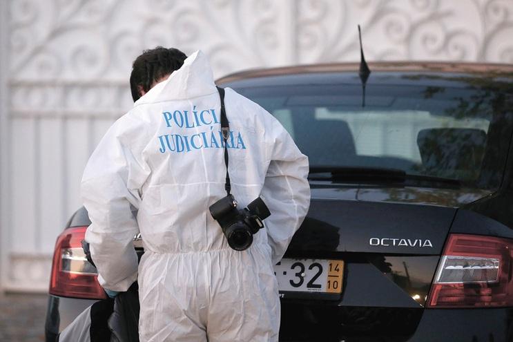 Peritos da Judiciária recebem cerca de 400 euros de subsídio de risco