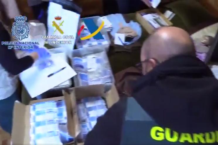Resultado de imagem para Um português entre 47 detidos em Espanha por tráfico de medicamentos