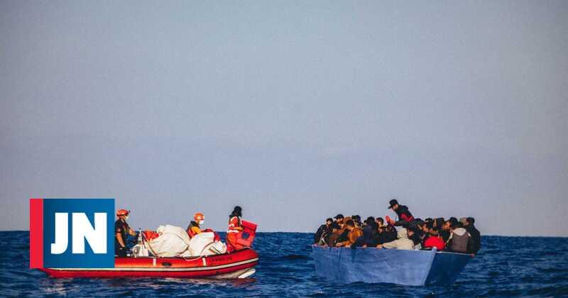Portuguese-flagged ship returns refugees to Libya