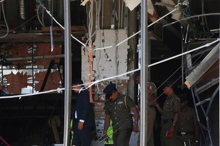 Encontrada e desativada bomba no principal aeroporto do Sri Lanka