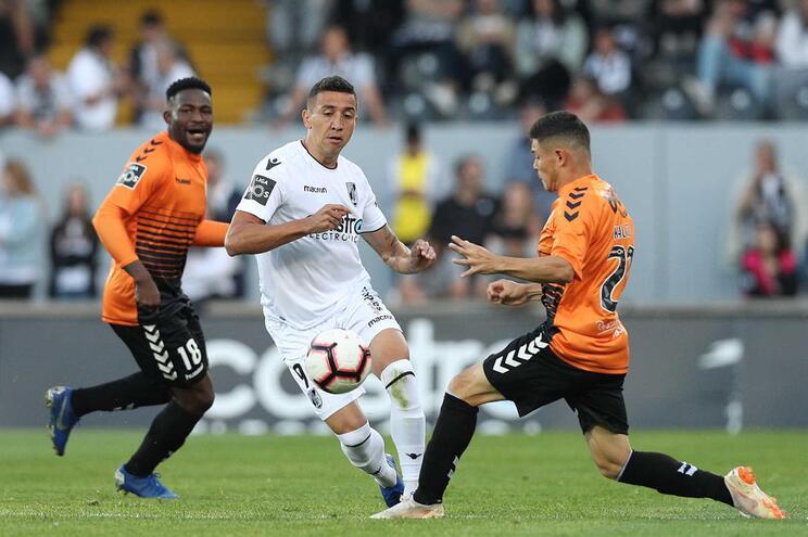 Golo de Alhassan permite empate do Nacional frente ao Vitória