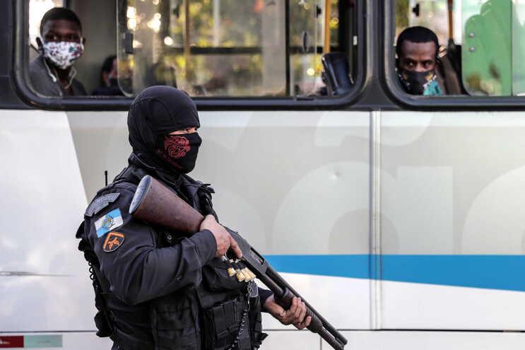 Houve 4146 mortes violentas no país em março de 2020