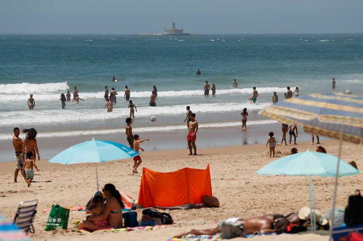 Praia da Costa da Caparica, em Almada
