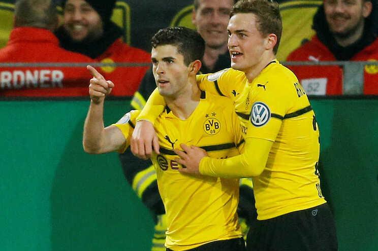 Transferência do norte-americano Christian Pulisic do Dortmund para o Chelsea, por 64 milhões de euros