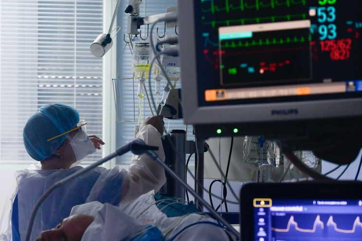 No total, a França contabiliza 31.274 mortos por infeção pelo coronavírus, desde o início da pandemia