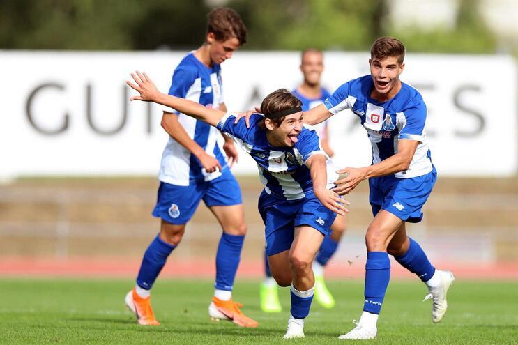 Francisco Conceição já treina com os grandes