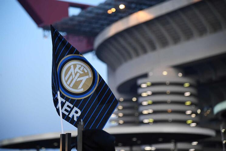 Inter de Milão punido com dois jogos à porta fechada por cânticos racistas