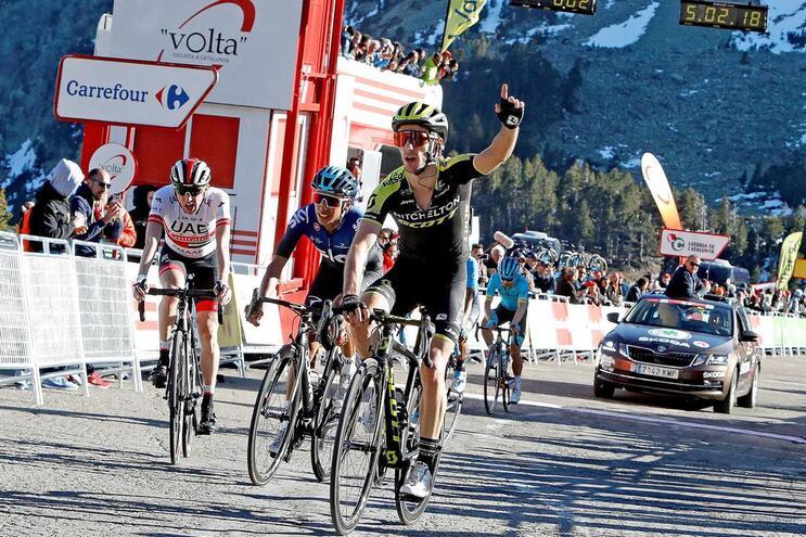 Adam Yates vence terceira etapa da Volta a Catalunha