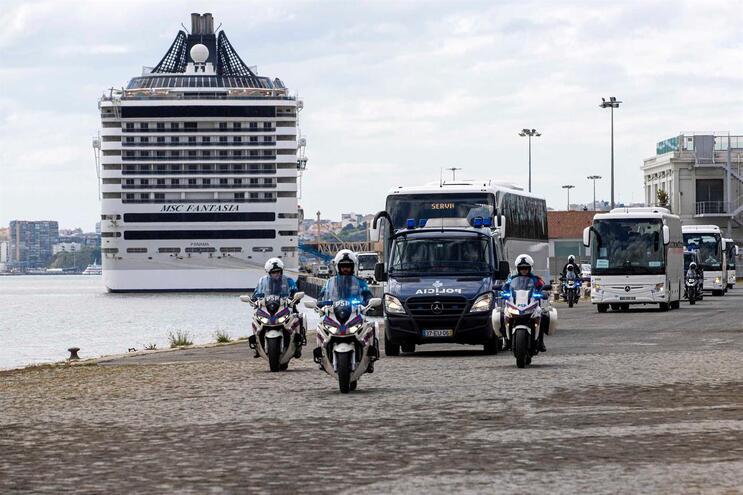 Todos os passageiros que estavam a bordo do navio de cruzeiro MSC Fantasia já saíram do barco