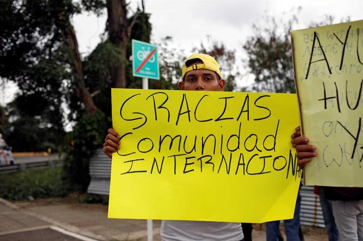 Uruguai junta-se à Argentina no pedido de eleições livres na Venezuela