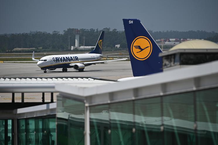 """Companhia aérea """"low cost"""" está há dez anos em Portugal"""