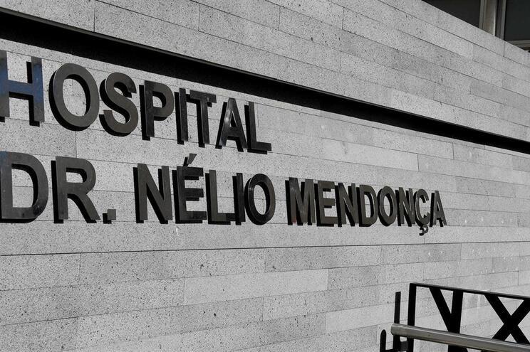 """Não há vítimas em risco de vida e portugueses estão """"estáveis"""""""