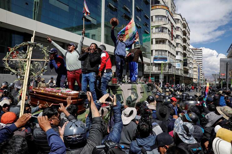 Apoiantes do ex-presidente Evo Morales