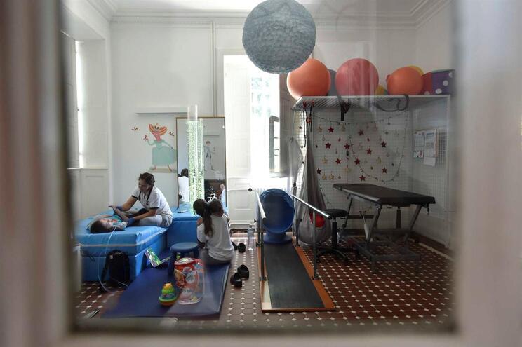 Direção da unidade de cuidados continuados e paliativos pediátricos garante ter pedido inspeção