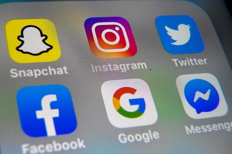 Covid-19 leva Facebook e Instagram a limitar qualidade de vídeos