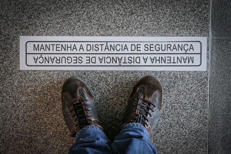 Mais 20 mortos e 242 casos positivos de Covid-19 em Portugal