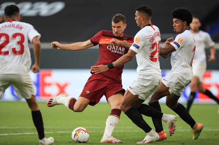 Espanhóis do Sevilla venceram a AS Roma e estão nos quartos de final
