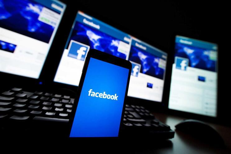 Estudo sobre notícias falsas na rede social Facebook durante a campanha das Legislativas