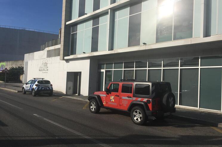 Terceiro acidente com eletricidade no shopping de Bragança faz um ferido grave