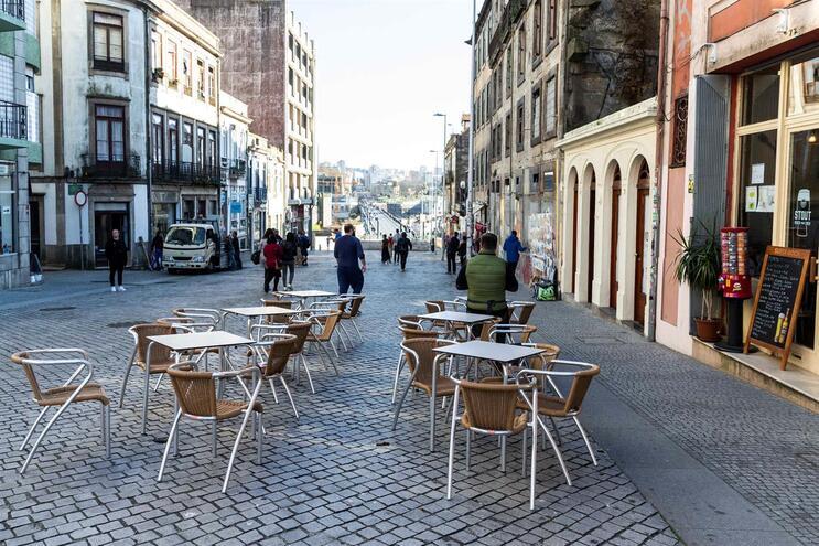 123 esplanadas da cidade já foram autorizadas a aumentar a área num total de 810 metros quadrados