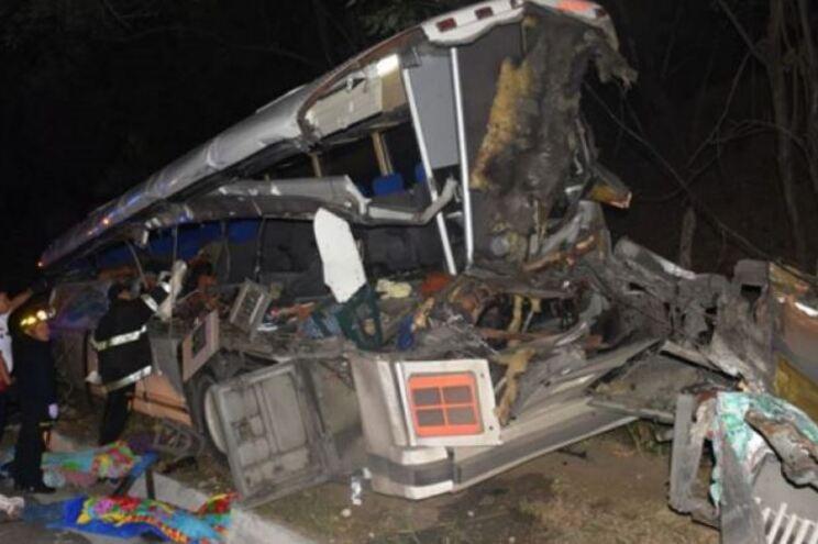Pelo menos 17 mortos em acidente rodoviário no leste da Guatemala