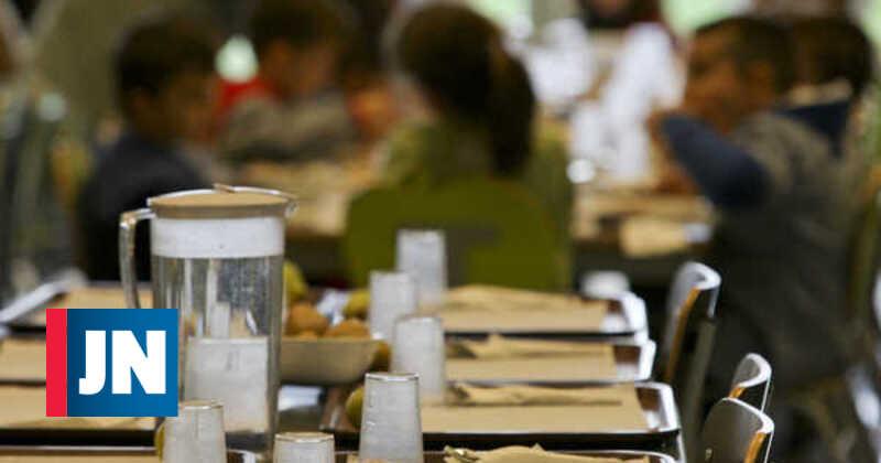 Escola francesa deu pão e água a crianças por pais não pagarem cantina
