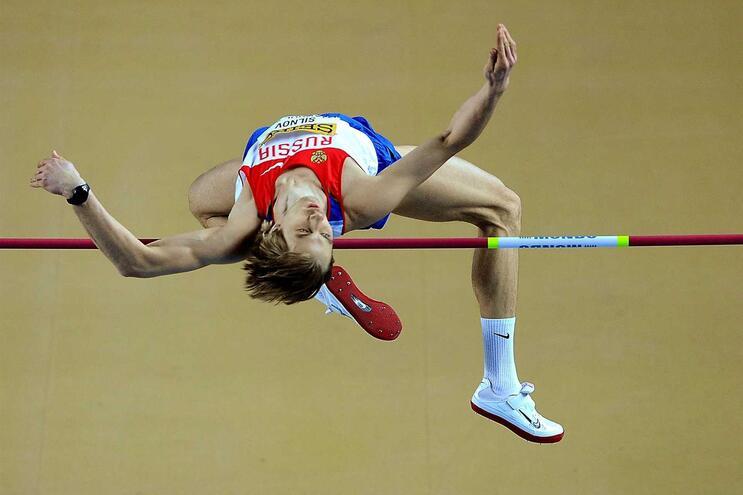Atletas russos estão envolvidos num escãndalo de doping