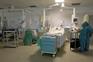 """Doentes graves aumentaram 300%. Reforço dos cuidados intensivos é """"urgente"""""""