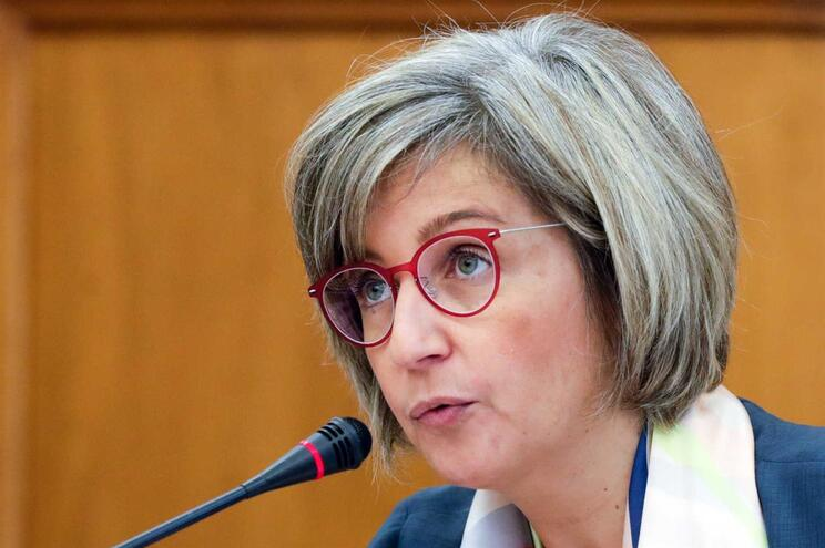 """Marta Temido diz que """"há a necessidade de estudar a forma como esse faseamento vai ser efetuado""""."""