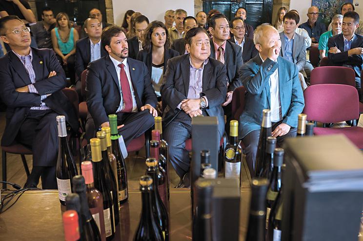 Investidores chineses continuam a liderar na obtenção de vistos gold em Portugal