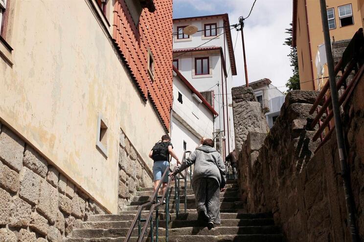 Rua das Escadas do Monte dos Judeus, em Miragaia