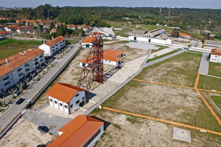 Estado quer vender 200 toneladas de urânio guardadas em Nelas