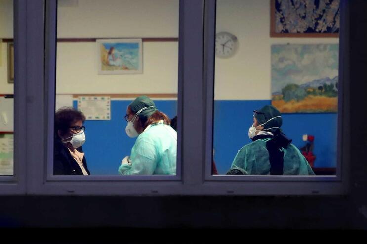 Itália confirma quarta vítima mortal do coronavírus