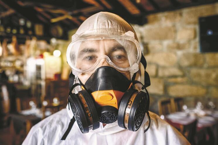 Técnico de desinfestação de pragas