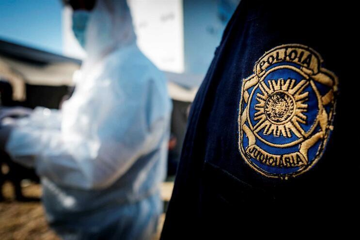 Cinco indivíduos foram detidos