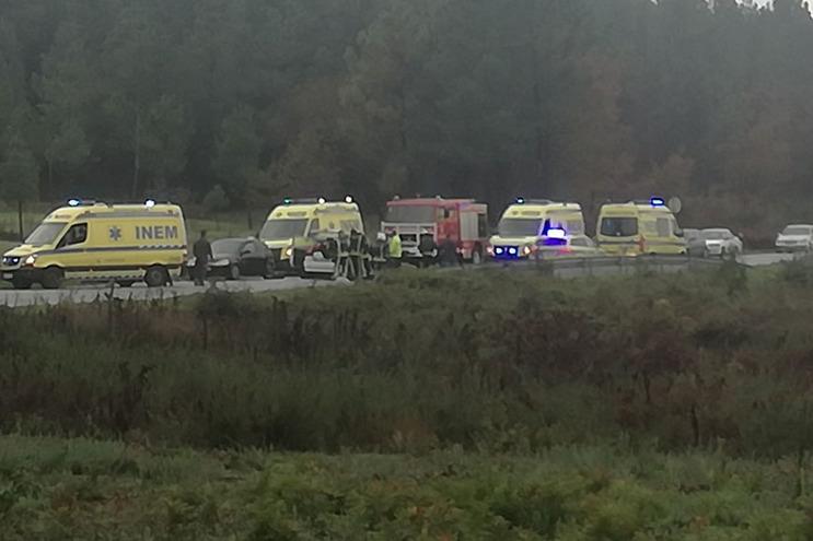 Duas crianças entre três feridos graves de acidente em Viseu