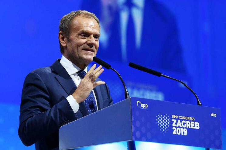 Donald Tusk eleito presidente do Partido Popular Europeu