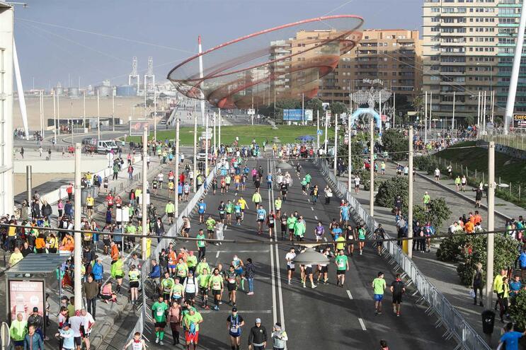Maratona do Porto desclassifica 128 atletas por atalharem caminho