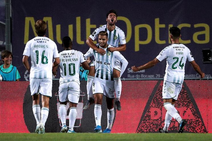Vitória de Setúbal estreia-se a marcar e vence Braga