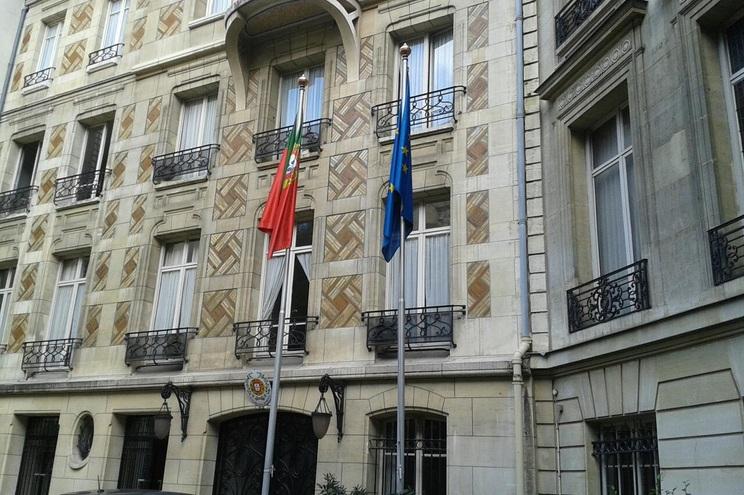 A maioria dos atendimentos nos consulados portugueses em França é feita através de marcação