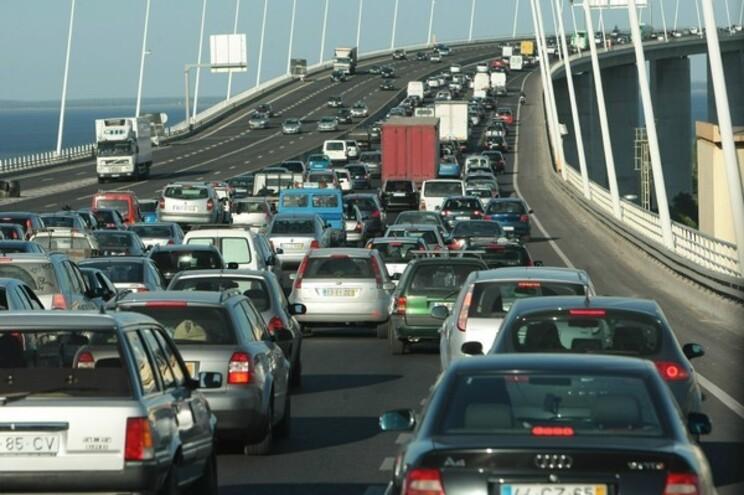 Pandemia vai baixar em 8% as emissões de CO2 este ano