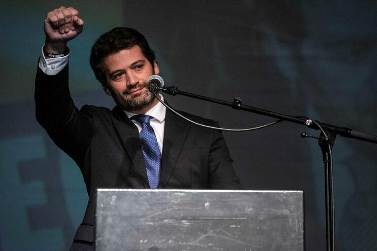 André Ventura, deputado do partido Chega organizou um jantar solidário