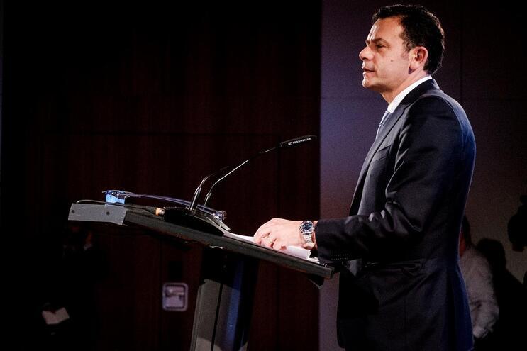 Montenegro e Rio disputam liderança do PSD no sábado