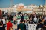 """""""Pão e Água"""": centenas protestam em Faro contra falta de apoios ao setor da restauração"""