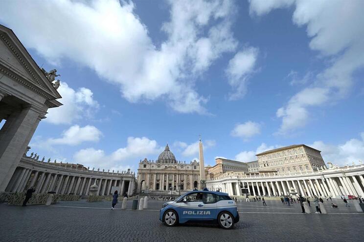 Vaticano já tinha suspendido algumas atividades devido ao surto de coronavírus