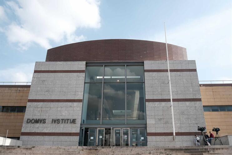 Mulher foi absolvida pelo Tribunal de Loures