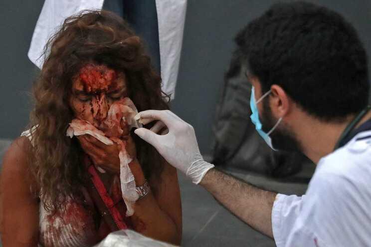 Dezenas de pessoas morreram e milhares ficaram feridas